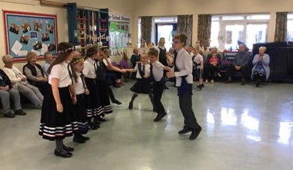 Country Dancers entertain Luncheon Club